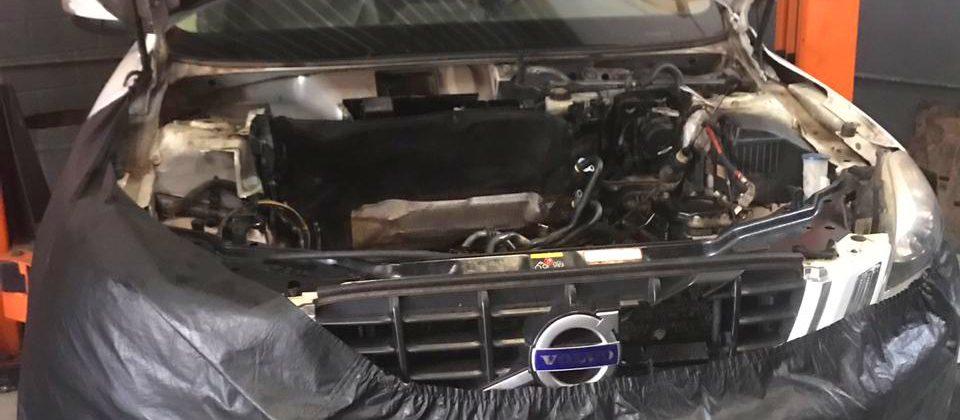Substituição de Junta Homocinética Volvo XC60: Dynamus Auto Center